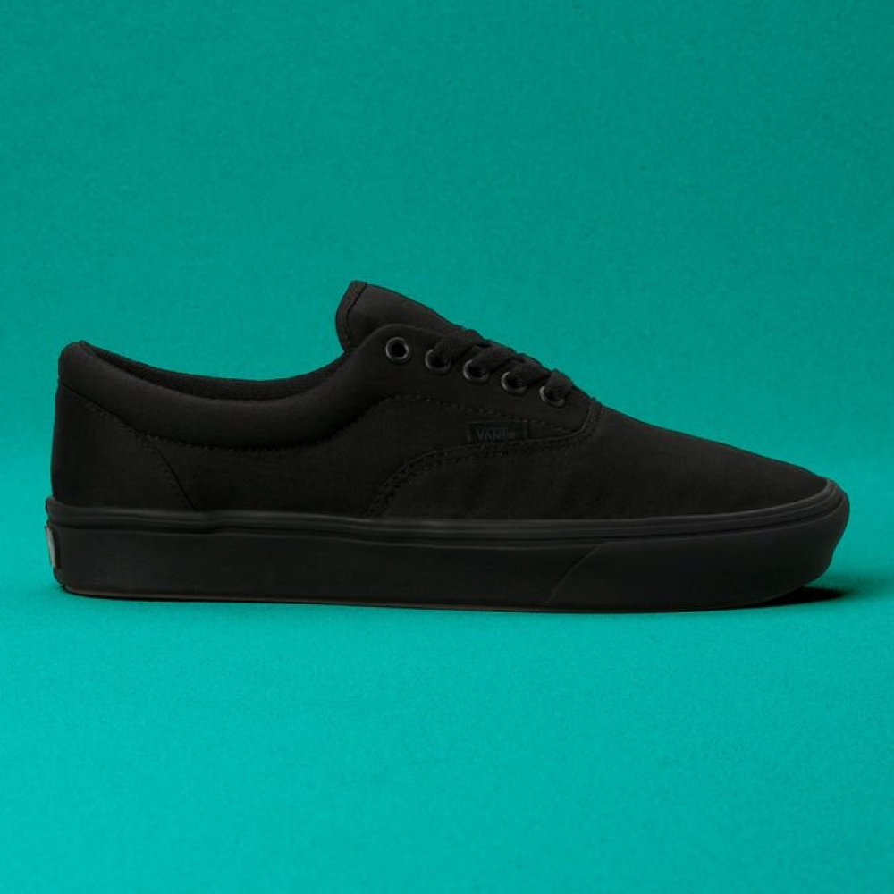 Foto 1 - TENIS UA COMFYCUSH AUTHENTIC BLACK
