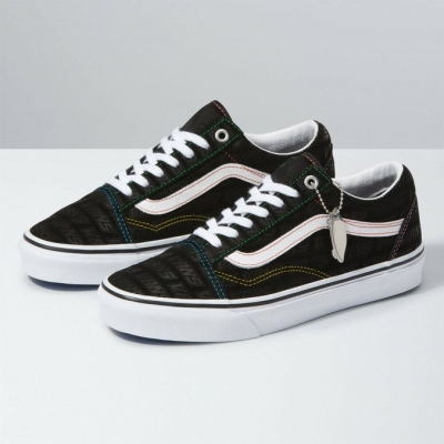 TÊNIS VANS OLD SKOOL EMBOSS BLACK TRUE W